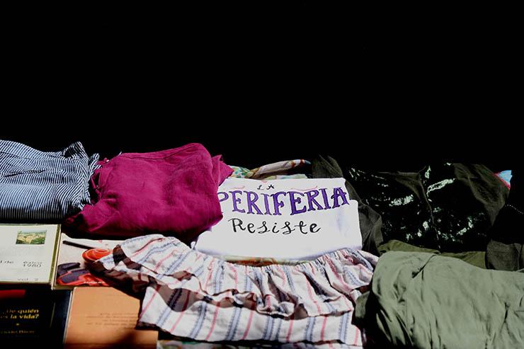 Una playera a la venta en un mercado feminista de Ecatepec, una ciudad conocida por su extrema violencia de género.