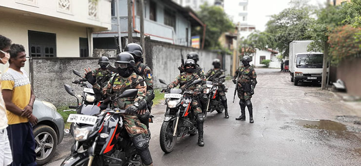 Since March 2020, the Sri Lankan government has mobilized the military as well as police and the state's intelligence service for door-to-door contact tracing of coronavirus patients. Some suspect the military is using contact tracing as a means to spy on Tamil civilians.
